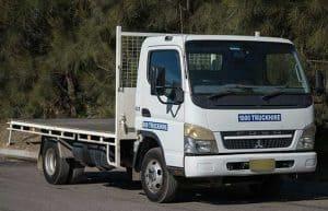 2 tonne flatbed truck