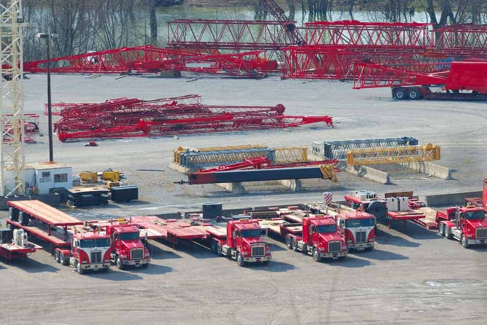 Everything You Need To Know About Flatbed Truck Rental